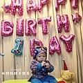 我是米特|台灣美食親子部落客©MEAT76|2018-01-28-7【會跑的湯瑪士小火車造型蛋糕】屏東歐士烘焙坊×創意造型蛋糕殿|小孩大人都會愛上的驚艷動蛋糕!#豈周歲派對生日蛋糕007.jpg