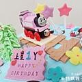 我是米特|台灣美食親子部落客©MEAT76|2018-01-28-7【會跑的湯瑪士小火車造型蛋糕】屏東歐士烘焙坊×創意造型蛋糕殿|小孩大人都會愛上的驚艷動蛋糕!#豈周歲派對生日蛋糕015.jpg