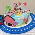 我是米特|台灣美食親子部落客©MEAT76|2018-01-28-7【會跑的湯瑪士小火車造型蛋糕】屏東歐士烘焙坊×創意造型蛋糕殿|小孩大人都會愛上的驚艷動蛋糕!#豈周歲派對生日蛋糕016.jpg