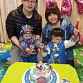 我是米特|台灣美食親子部落客©MEAT76|2018-01-28-7【會跑的湯瑪士小火車造型蛋糕】屏東歐士烘焙坊×創意造型蛋糕殿|小孩大人都會愛上的驚艷動蛋糕!#豈周歲派對生日蛋糕018.jpg