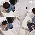 米特味玩待敘台灣美食親子部落客©MEAT76|2020【衛浴設備】美國KARAT凱樂衛浴|我們一家的放鬆好夥伴!金級省水標章的低水箱噴射虹吸式靜音單體馬桶 K-2481U-022-.jpg