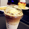 台北東區Caffe bene咖啡館/韓國來台灣新開幕咖啡館/台北東區咖啡館/不限時間咖啡館/有網路插座WIFI插座/張根碩代言的咖啡館/咖啡好喝/抹茶冰/Caffe bene咖啡菜單價