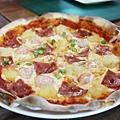 Five fish Pizza 五隻魚窯烤披薩 宜蘭火車站周邊美食餐廳推薦   宜蘭美食餐廳 披薩 好吃推薦 五隻魚披薩菜單 不限時間消費餐廳地點 宜興路美食餐廳