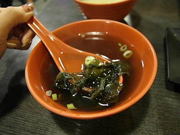 【新北市三重美食】鮨壽司,(鮨壽司菜單)平價日本料理~三重平價日本料理,聽說毛毛蟲壽司很厲害