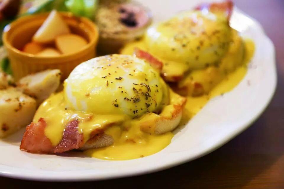【宜蘭礁溪早午餐】礁溪超紅美式早午餐店,食尚玩家也有來採訪過的「喜拉朵美式早餐」。