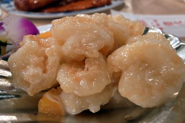 鳳梨蝦球,蝦又大又脆
