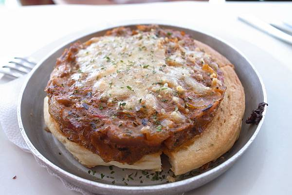 前菜-牛肉丹麥餅,很脆,但太鹹