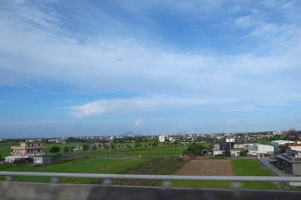 高速公路上看到蘭陽平原