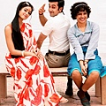 Ileana-D-Cruz-Ranbir-Kapoor-and-Priyanka-Chopra-strike-a-pose-in-Barfi-Movie-Stills.jpg