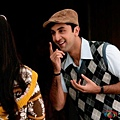 Ranbir-Kapoor-is-an-absolute-charmer-in-Barfi-Movie-Stills-560x390.jpg