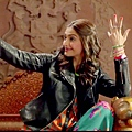 Sonam Kapoor and Fawad Khan HD Wallpapers of Khoobsurat Movie 2014 -11.jpg