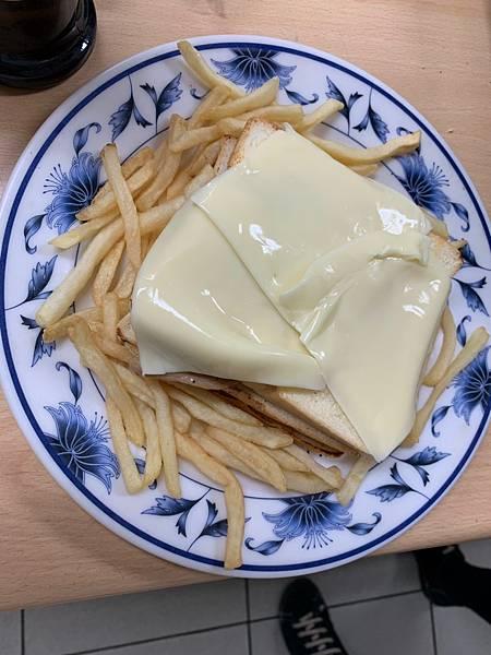 3.29葡萄牙醬汁三明治_190329_0006.jpg