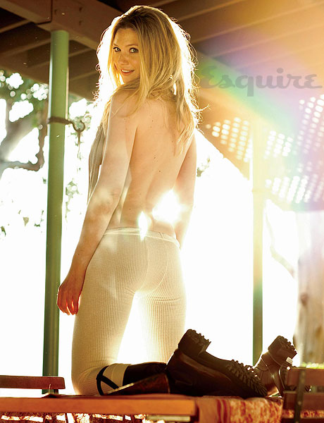 Anna Torv Pictures from Esquire Magazine - 02.jpg
