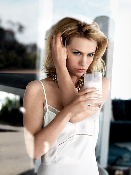 January Jones - Pamela Hanson Photoshoot_03.jpg