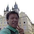 布拉格街景(15)-老大真會自拍