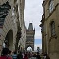 布拉格街景(27)-前面就是查理士橋了