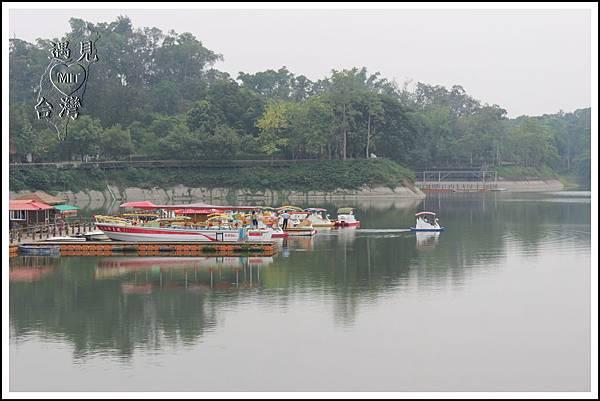 MeetinTaiwan - Hu-To Pei 虎頭埤水庫05.jpg