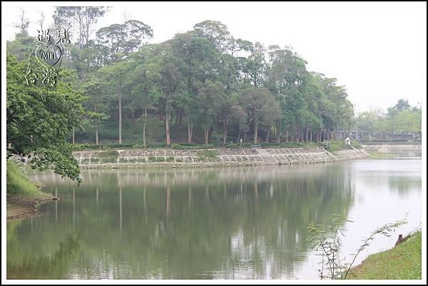 MeetinTaiwan - Hu-To Pei 虎頭埤水庫11.jpg