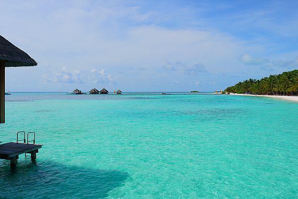 藍綠色的海