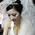 新娘身材是超級好