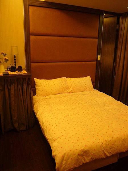 房間實際拍攝 平日1280元/假日1580元