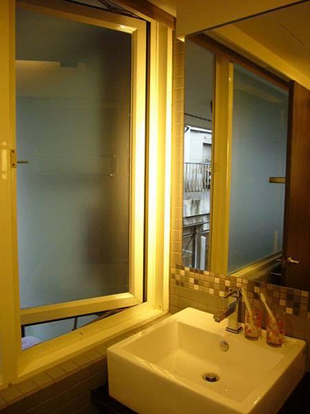 乾溼分離的衛浴設備 平日1280元/假日1580元_003.jpg