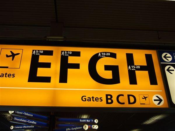 我們將前往的登機門