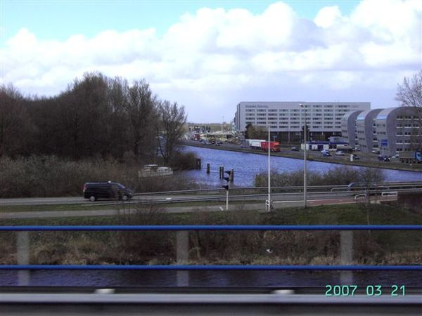 阿姆斯特丹--機場外道路