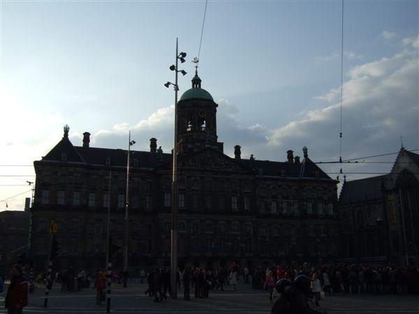 水壩廣場及舊市政廳
