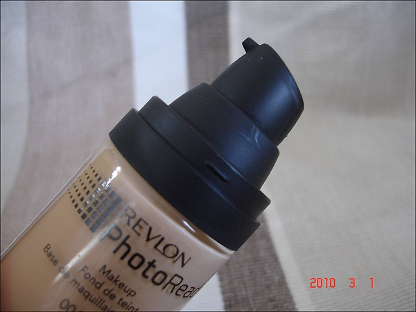 2010March01  Revlon PhotoReady粉底 004.jpg