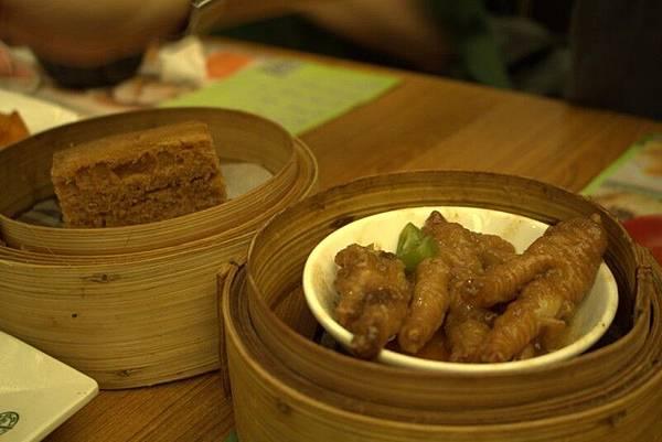 IMG_1488香港第一餐-添好運.jpg