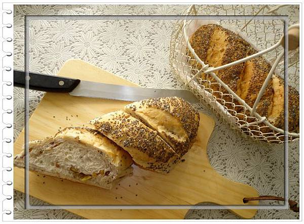 (81)奇亞籽多穀物核桃麵包3-1