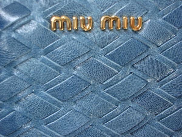 100% authentic e99da 16ad0 Miu Miu 小羊皮海藍色編織L型拉鍊常夾- 春財布@ ♪ I LOVE I ...