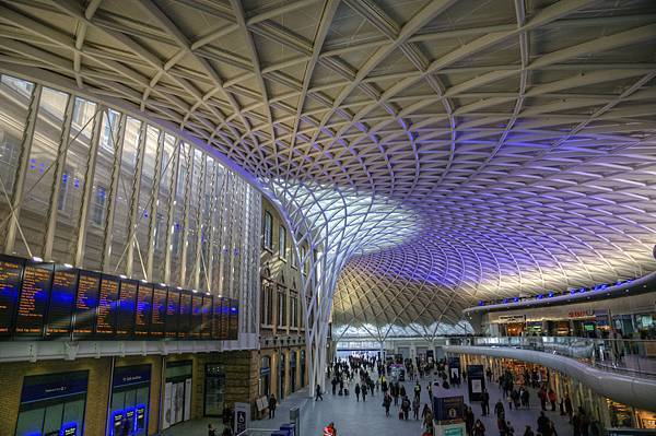 Kings-Cross-station-roof