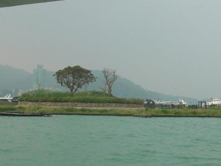 遊潭渡輪第二站:光華島