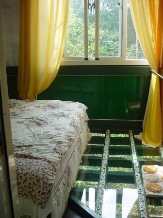 綠光二樓的臥房