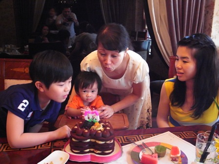 奶奶的60歲生日喔~