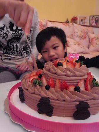 八歲第一個蛋糕