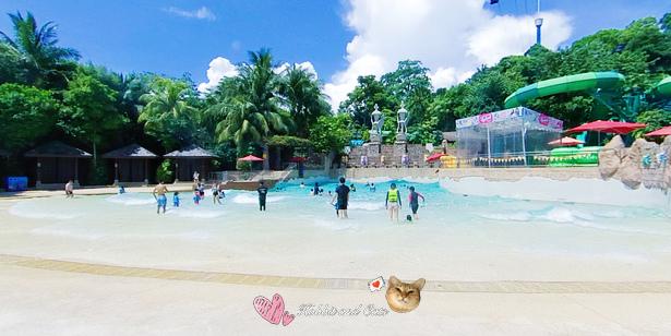 新加坡水上探險樂園海浪池.jpg