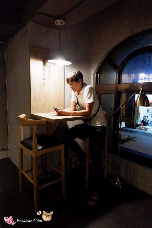 新竹竹北享廚鐵板燒二樓座位.jpg