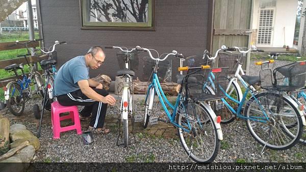 11.維修腳踏車.jpg