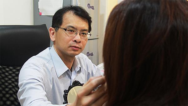 02-眼瞼下垂矯正手術案例程以長美妍醫美診所整形外科.png