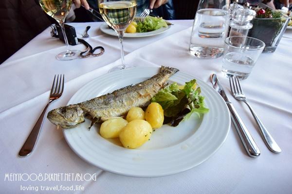 奧地利哈斯達特Hallstatt鱒魚餐