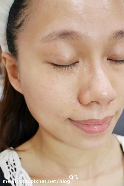 雅詩蘭黛特潤超導眼部修護霜