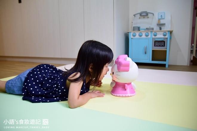 育兒好物_Hello kitty幼兒啟蒙教育故事機_寶寶玩具推薦-0333.jpg