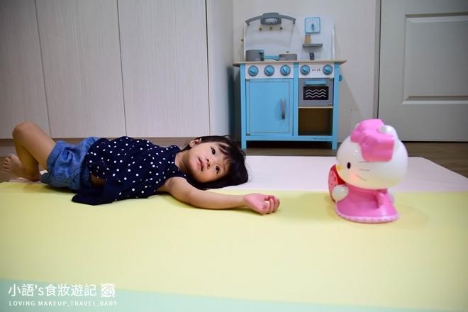 育兒好物_Hello kitty幼兒啟蒙教育故事機_寶寶玩具推薦-0369.jpg