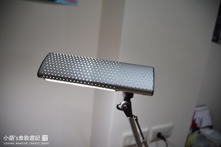 喜萬年第二代LED小小冰極光護眼檯燈