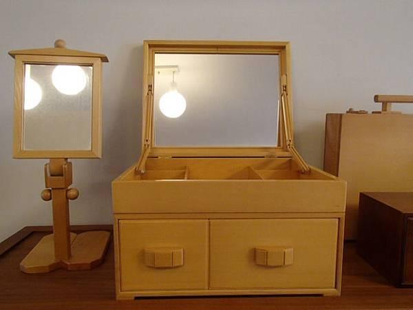 寶物閣梳妝鏡