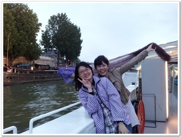 204-哈!我跟培的蜜月照又來了,來歐洲不耍點浪漫好像不太對勁XD(大誤!)