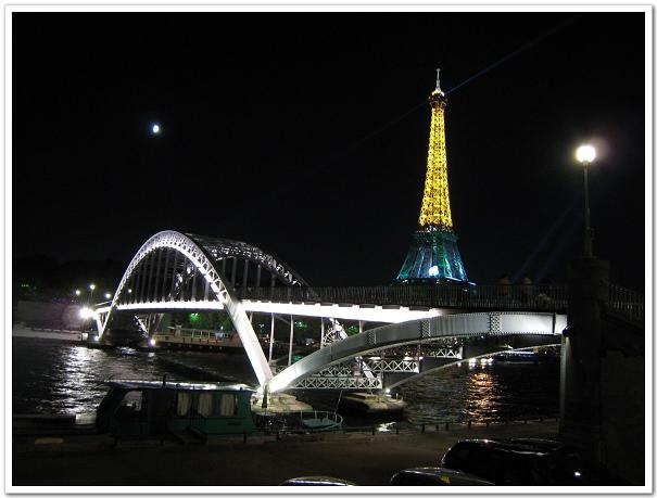 208-這個角度也很讚,鐵橋+鐵塔耶!